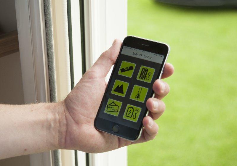 smart-trailer app'en kobles sammen med e-connect modtageren